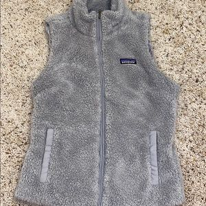 Gray Patagonia vest. PERFECT CONDITION!!!!